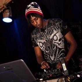 DJ Capsule