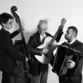 Anders Anton Trio Taube