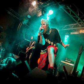 Guns N Posers (Guns N Roses)