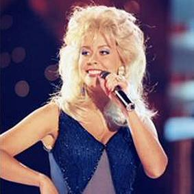 Cecilia Karlsson (Dolly Parton)